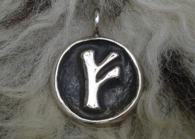 Fehu in Silber