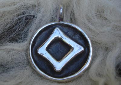 Ingwaz in Silber