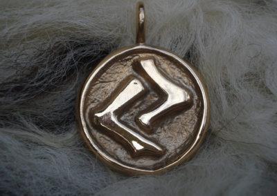 Jera in Bronze