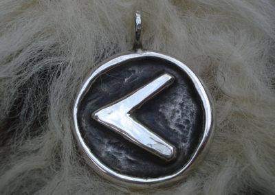 Kenaz in Silber