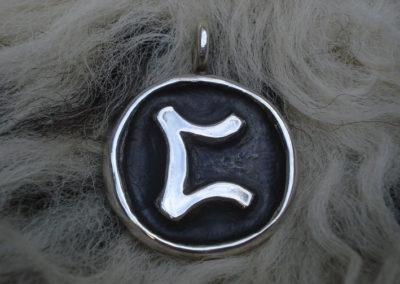 Perthro in Silber