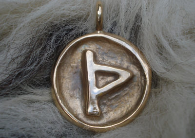 Thurisaz in Bronze